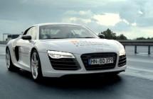 2013-10-Audi-onemillionreasons-r8-fan-drive-razorfish-knitterfisch