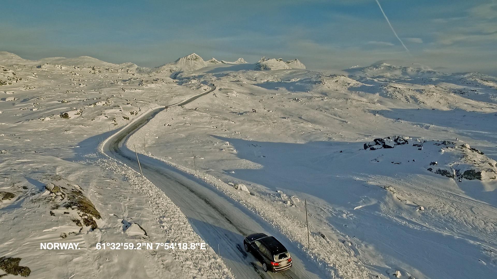 Schwarzer BMW Schnee Norwegen Nordeuropa Filmproduktion xdrive Locationscouting ressourcenmangel Berlin Knitterfisch dresden